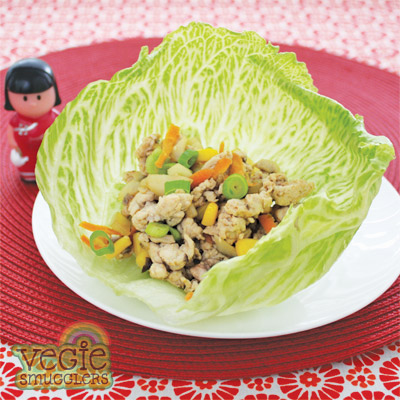 Chicken mince in sang choy bow