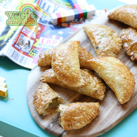 Tuna, egg & vegie pastry pockets